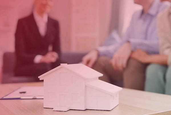 Remax Blog THE RIGHT MORTGAGE 01 scaled 1