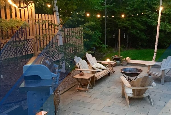 Remax Blog WHY BUY A HOUSE WITH A BIG BACKYARD 01 scaled 1